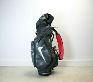 Nike VRS gray golf bag Excellent Condition with rain cover