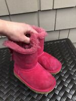UGG Bailey Bow Hot Pink /suede boots size 7 girls toddler GUC