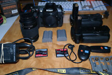 NIKON D200 + MB-D200 + WT 3A + NIKKOR 28MM 80MM + 2 EXTREME III CARDS = AWESOME