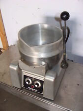 Hot Point Counter Top Electric Trunion Soup Kettle
