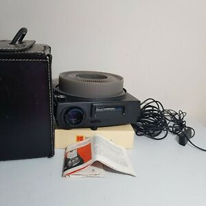 Vintage Kodak Carousel Slide Projector 760h With Carrying Case