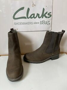 Clarks Orinoco Club Chelsea Leather Boots Size UK 9 EU 43 Wide Fit