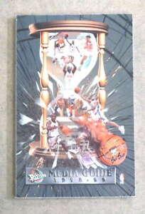 DETROIT PISTONS NBA BASKETBALL MEDIA GUIDE - 1998 1999 - NEAR MINT