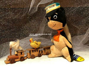 VTG JAPAN Dream Pets Dakin Skunk Train Stuffed Animal Plush Figurine Doll Décor