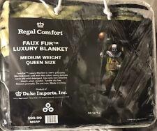 """Regal Comfort Clown """"Free Hugs� Queen Size Blanket 79�x96� In Size"""