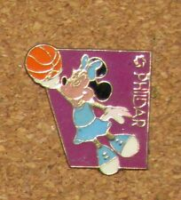 """A71 VINTAGE PIN Disney Character Minnie Mouse cute BASKETBALL PHILDAR 0.9"""""""
