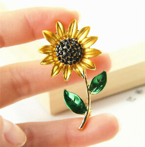 Elegant Sunflower Green Leaf Clothes Accessories Brooch Pin Lapel Pin Jewelry