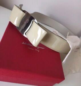 Salvatore Ferragamo Vara Bow Patent Leather Cream belt