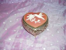 "Vtg, ""Westland Gold Heart Shaped Music Box"", Jewelry / trinket box, plays Memory"