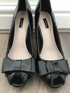 Womens Size 5 Black Patent Next Shoes <AA553