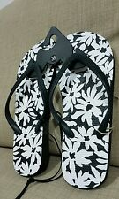 New women's Black & White THONG PRINT bathing shoes sandals size 38 or 7.5