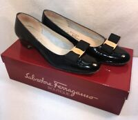Vtg Salvatore Ferragamo Italy Black Patent Leather Pumps Bow Shoe Size 7 AAAA