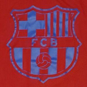 FC Barcelona Logo T-Shirt XXL Nike Football Club Futbal Soccer STAIN