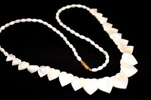 Mother of Pearl MOP Necklace Hand Carved Heart Shape Vintage *