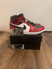 Jordan 1 Mid Chicago Toe 554724-069 - Size 8 (FAST SHIPPING)