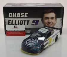 CHASE ELLIOTT #9 2019 AUTOGRAPHED KELLEY BLUE BOOK  1/24 IN STOCK FREE SHIPPING