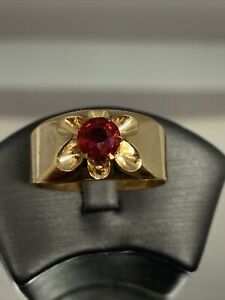 Vintage Belcher 1/10 14k Yellow Gold Shell  Mens Ring Size 10 Synthetic Ruby