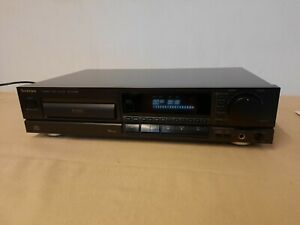 TECHNICS SL-PG520A vintage audiophile Compact Disc CD Player With Remote, Manual