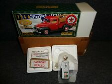 1940 FORD PICK UP TRUCK & Sky Chief GAS PUMP 1:25 TEXACO A FACTORY SEALED BOX