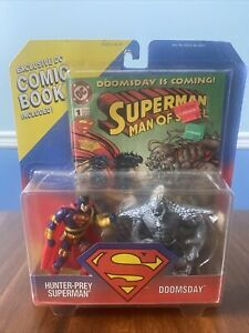 1995 Kenner Hunter-Prey Superman VS Doomsday Figure 2 Pack with DC Comic Book