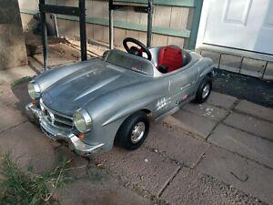 (Toys Toys)  Mercedes Benz 300 SL Gullwing Kids Pedal Car