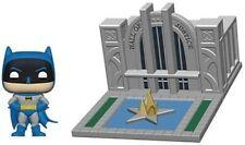 FUNKO POP! TOWN: Batman 80th - Hall of Justice w/ Batman [New Toy] Vin