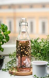 MOOMIN Muurla  glass bottle with metal clasp 1 L APPLES