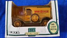ERTL 1913 FORD MODEL T WINN DIXIE DIECAST 1:25 METAL BANK