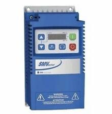 New Sealed LENZE ESV152N02YXB  ESV152N02YXB 240V 2HP VFD 1PH or 3PH AC Drive