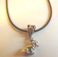 collier cordon caoutchouc noir 45,5 cm avec pendentif chien 13x15mm