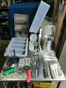 """NO16  ASSORTMENT OF KITCHEN WARE  """"PLEASE MAKE OFFERS ON WHAT YOU WANT"""""""