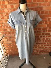 CHAPS DENIM DRESS ,SZ. MED. ,CAP SLEEVE,BUTTON DOWN FRONT