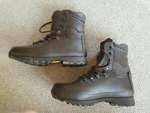 British Military Army Altberg Defender brown Leather Boots Combat 11W 111