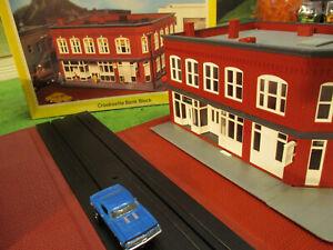 NMINT Lighted Heljan Faller Bank T Jet Slot Car Train Track Set Building