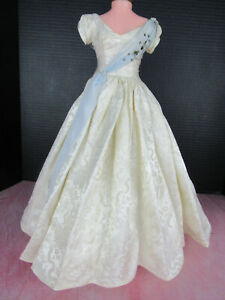 HTF Madame Alexander Cissy Doll 1956 Queen Gown