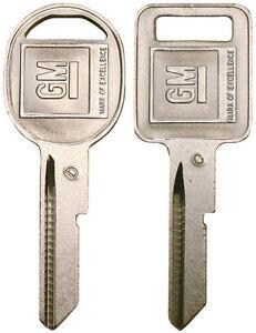 "2 NEW GM Logo OEM ""C"" IGNITION +""D"" DOORS/TRUNK Key Blanks Uncut 320652 + 320653"