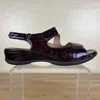 Clarks Artisan Sarasota Croc Print Sandals Womens Size 9 M Brown Patent
