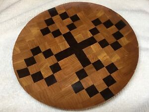 Decorative wood end grain plate made from walnut and cherry.
