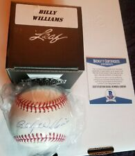 Billy Williams Leaf 2019 Autographed Baseball With COA