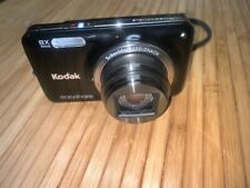 Kodak EasyShare M583 14 MP Digital Camera 8x Optical  w battery and charger-