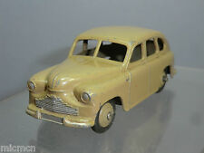 "DINKY TOY'S MODEL No.40e VANGUARD SALOON  ""FAWN VERSION"" 1st CASTING"