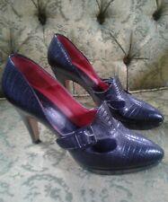 EUC TE CASAN Manuela Filipovic Black Snakeskin Pumps dress Shoes Size 40 9.5 9