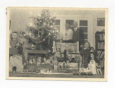 1935 CHRISTMAS PHOTO: TOY GERMAN TIN CAR, TRAIN, PUPPETS, TRUCK, KITCHEN, DOLLS