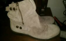 Nine West Maeble Short Ankle Boot Sz 7.5 Beige Suede Leather
