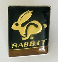 Rabbit Retro Animal Pin Badge Vintage (N4)