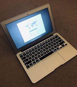 APPLE MACBOOK AIR 11 inch 60 GB Mid 2012
