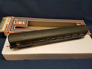 """LIMA 305310W B.R MK1 OLIVE ENGINEERS DEPT """"MESS COACH"""" DE2513961 EXC BOXED"""