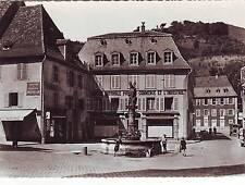 CPSM 67 : THANN - Rue et statue Saint-Thiébaut .