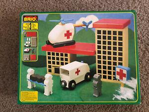 33420 BRIO Wooden Train Hospital Set! VHTF!Thomas! VGUC