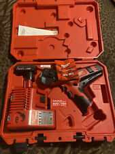 Milwaukee 2472-21Xc M12 600 Mcm Cable Cutter - Red
